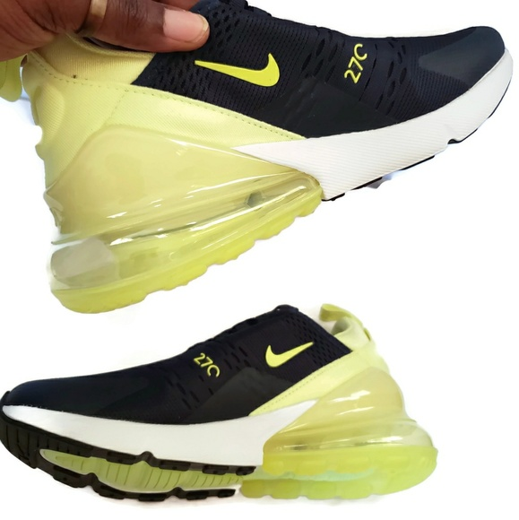 sports shoes 4914a e9be3 Nike W Air Max 270 size 9